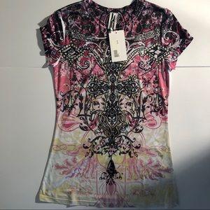 NWT T-shirt size M